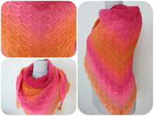 "crochet pattern triangular shawl ""Moments"""