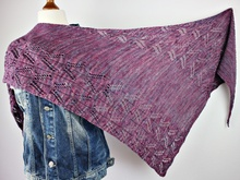 "Knitting pattern shawl ""Lotus"""