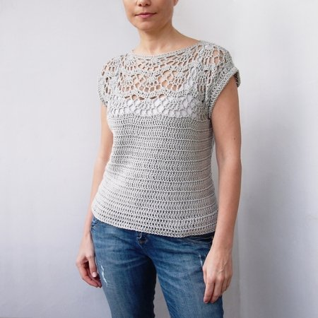 Pattern Pearl Shell Top