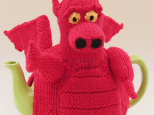 Welsh Dragon Tea Cosy Knitting Pattern