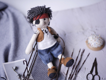 My one eyed pirate Jackie (PDF knitting pattern)