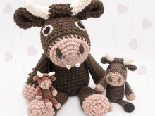 Bull 'Stan' • LuckyTwins • Amigurumi crochet pattern (3 sizes)