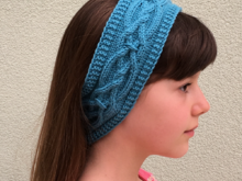 Pattern Rosi Headband with entwined celtic cable