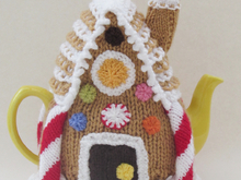 Gingerbread House Tea Cosy Knitting Pattern