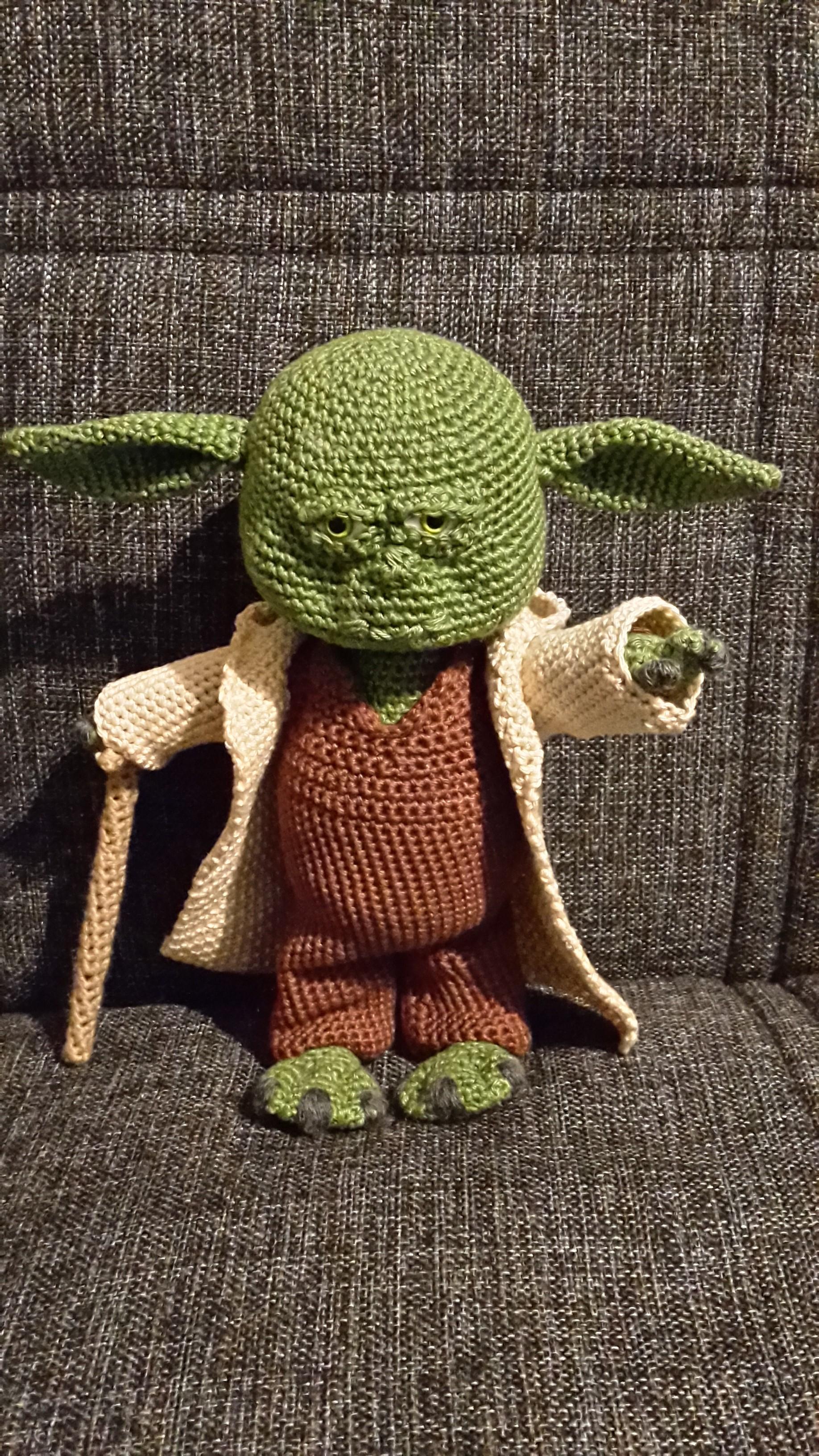KOSTENLOSES AMIGURUMI-MUSTER: Star Wars Yoda #AmigurumiMuster ... | 3264x1836