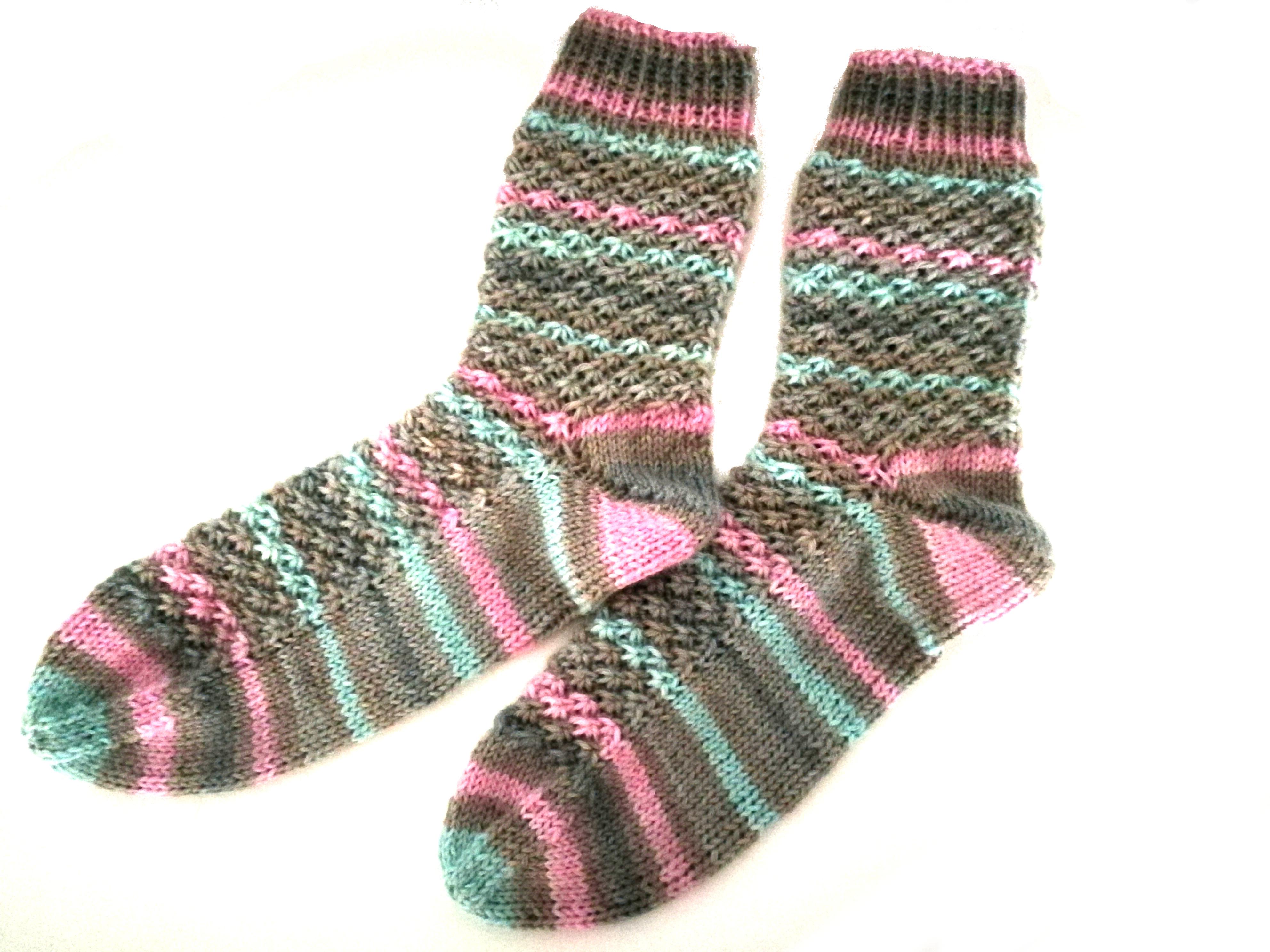Strickanleitung Kuschel Socken, Größe 20 20