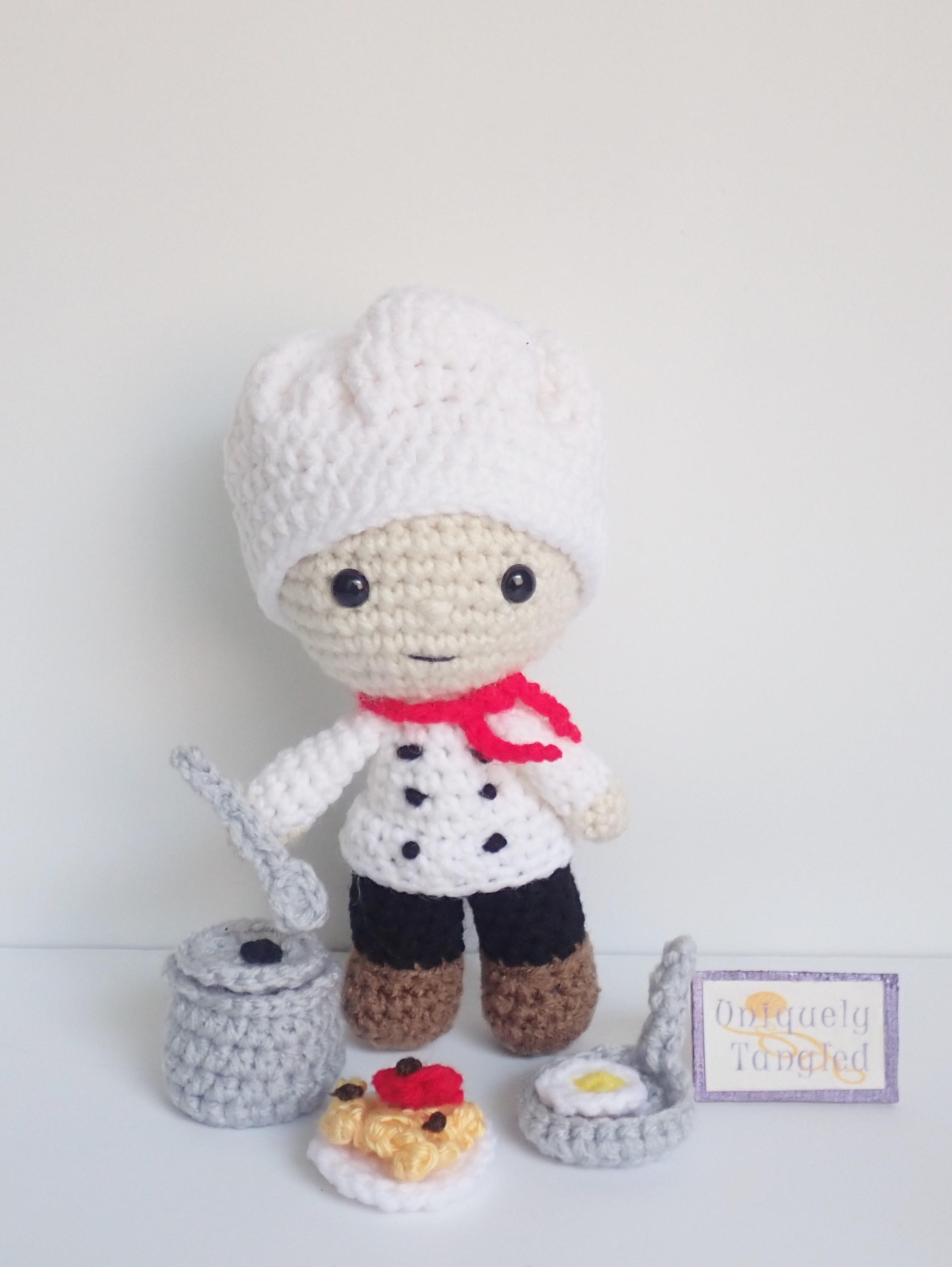 BODY PATTERN - AMIGURUMI DOCTOR - NURSE PART 1. - YouTube | 3000x2256