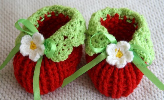 Crochet Pattern Strawberry Socks - Booties for baby